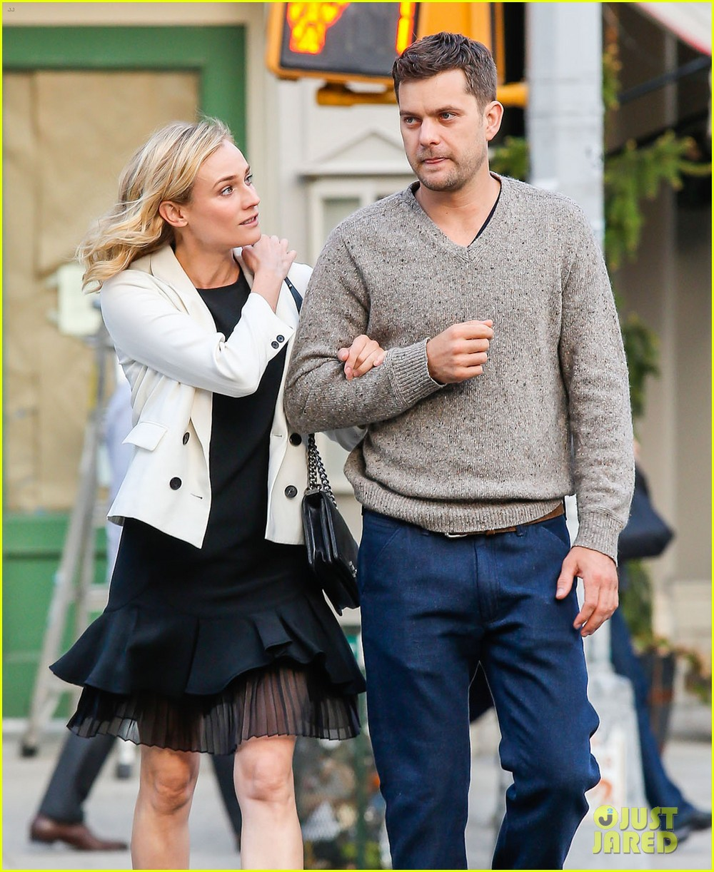 joshua jackson diane kruger walk arm in arm in big apple 023104790