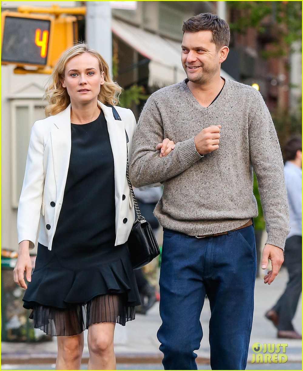 joshua jackson diane kruger walk arm in arm in big apple 04