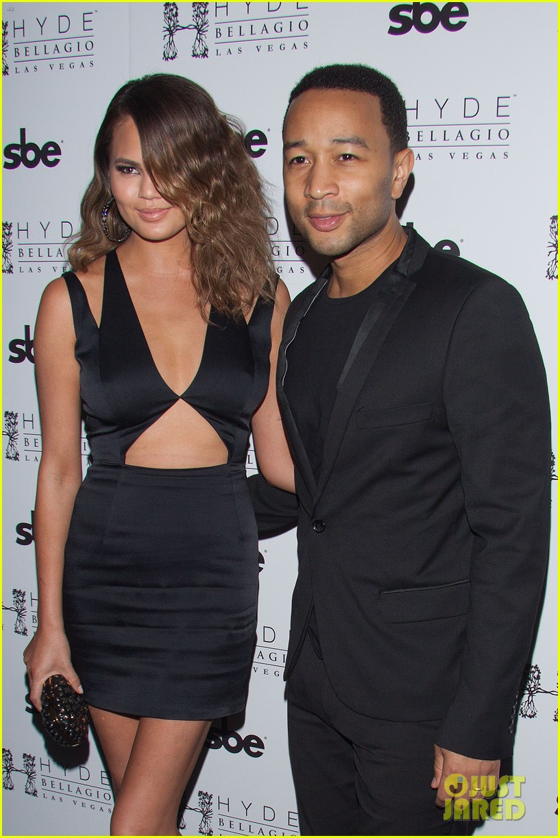 john legend brings bellagio wife chrissy teigen 11