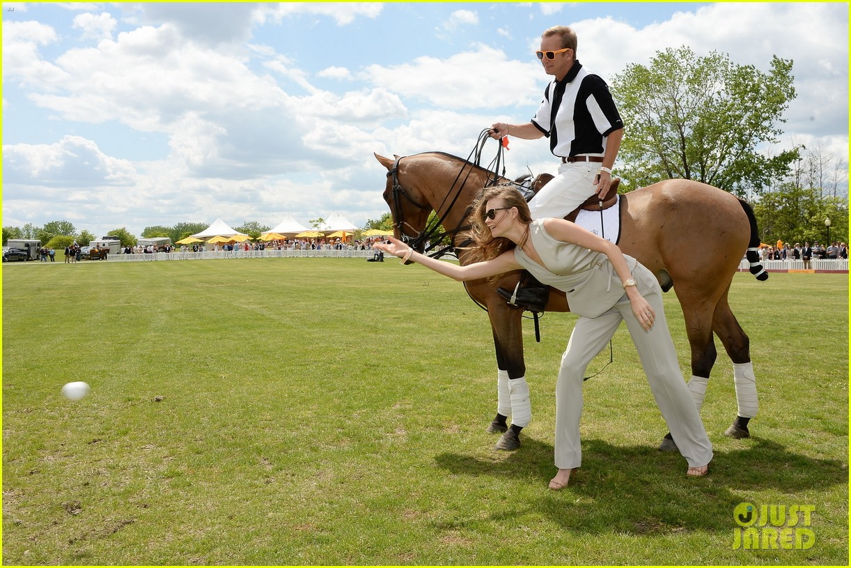 dakota johnson behati prinsloo check out a polo match 20