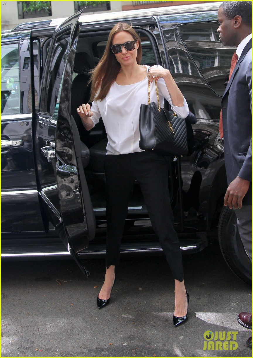 angelina jolie heads to meeting in new york city 07