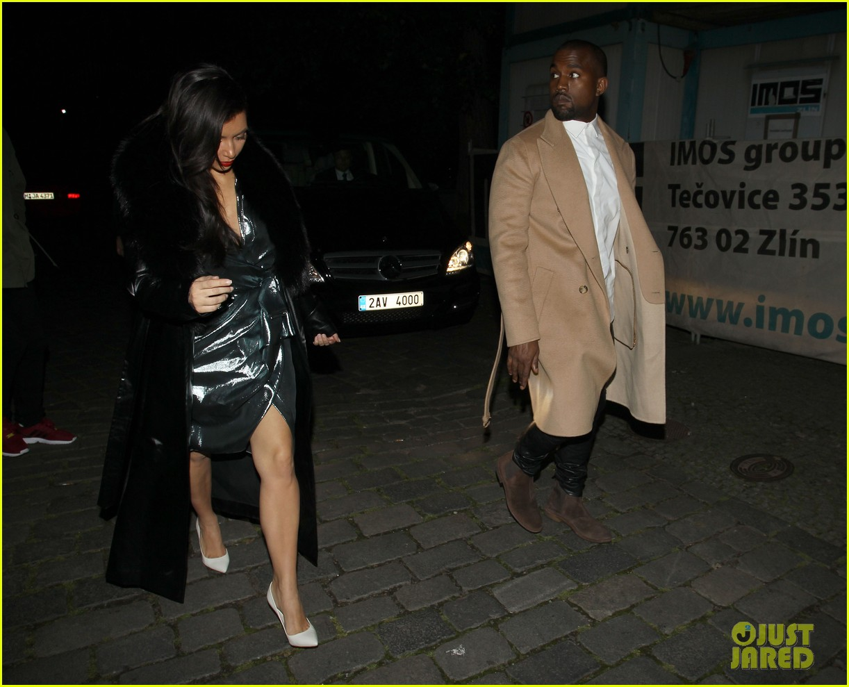 kim kardashian wears flashy dress for honeymoon date night 013124743