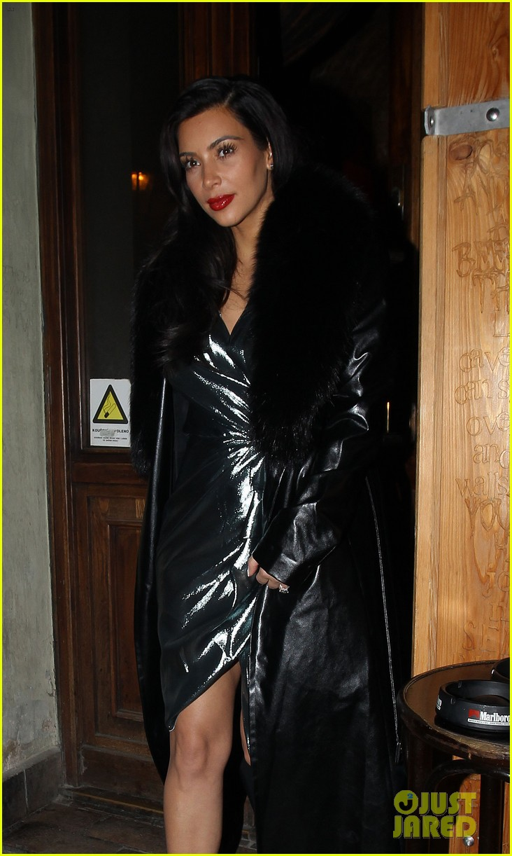 kim kardashian wears flashy dress for honeymoon date night 04