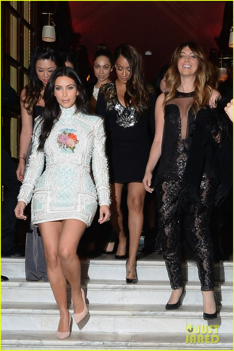 kim kardashian celebrates star studded bachelorette party 08