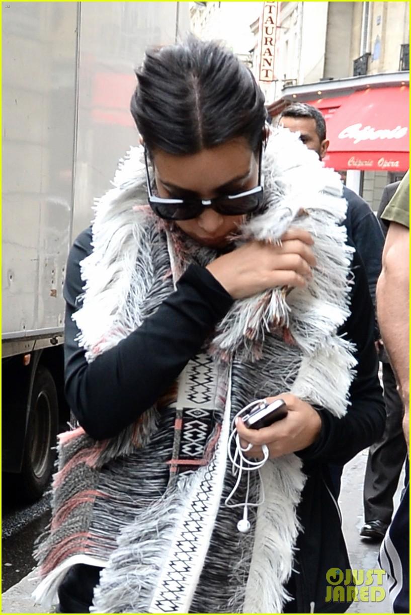 kim kardashian wears tight leather dress for pre wedding shopping 07