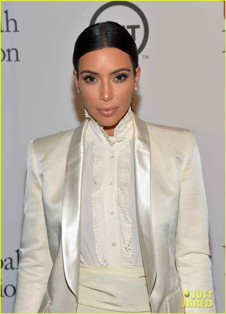 kim kardashian usc shoah foundation gala 01