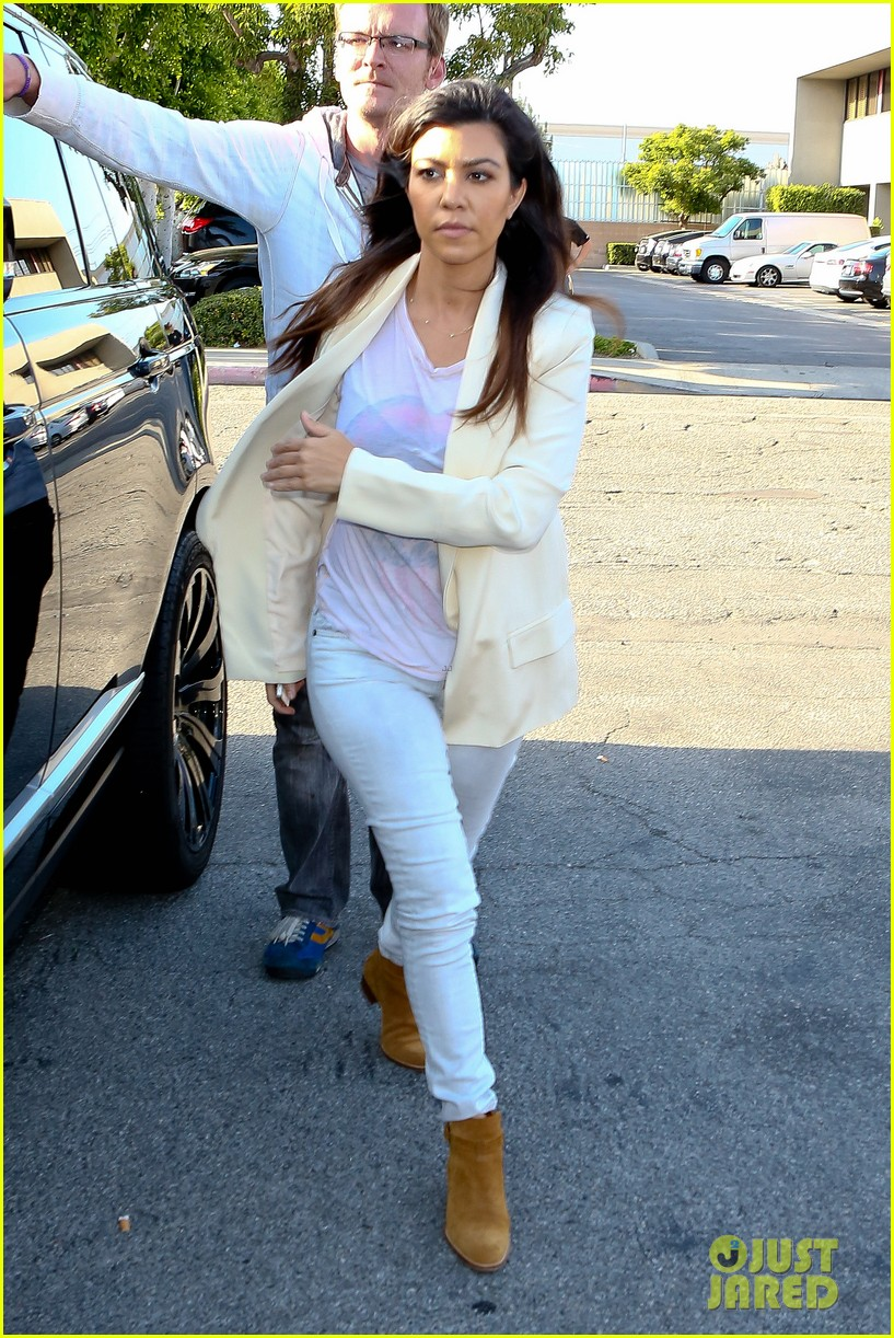 kim kardashian usc shoah foundation gala 07