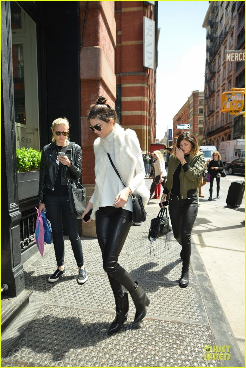kendall kylie jenner boots in soho 05