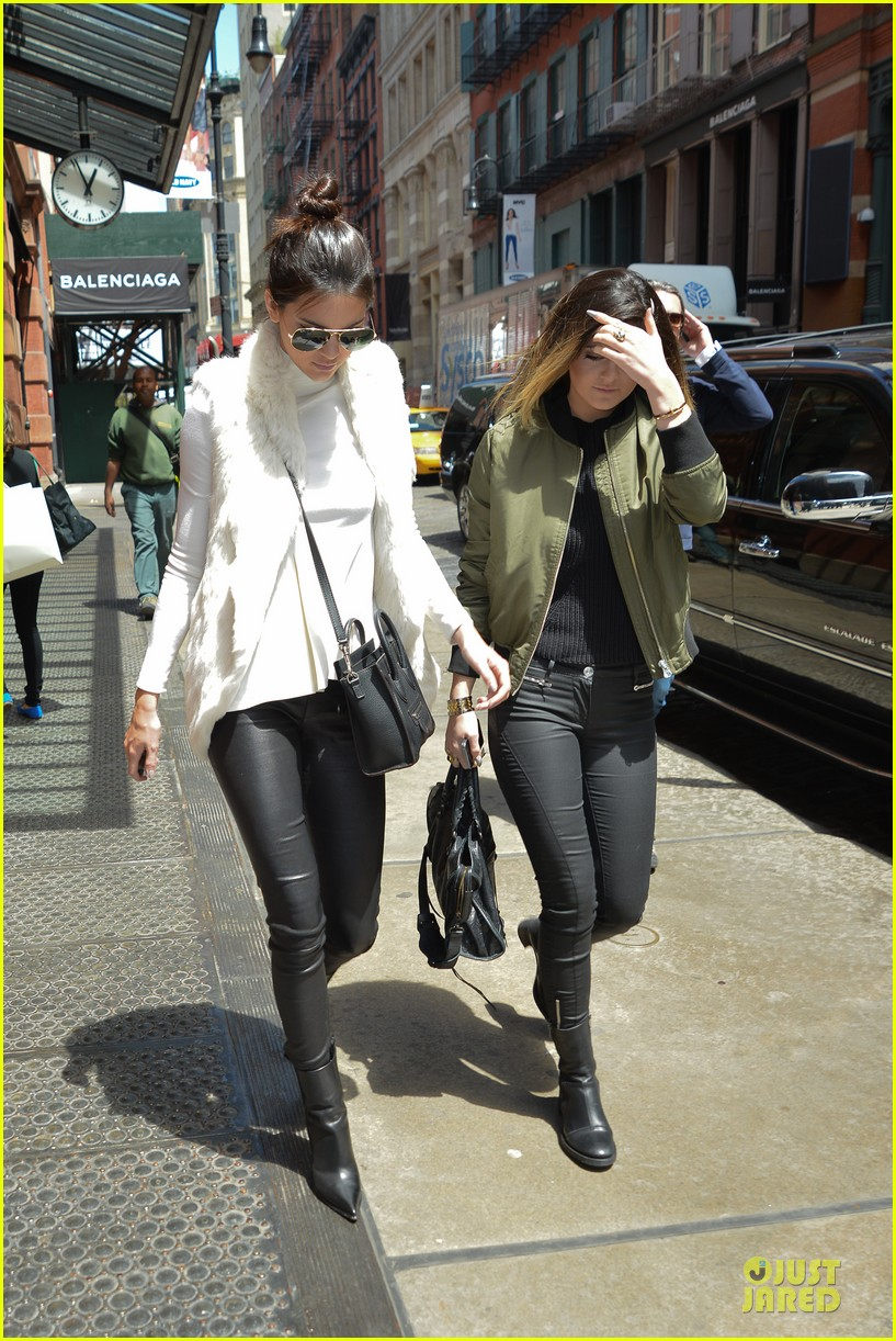kendall kylie jenner boots in soho 073107511
