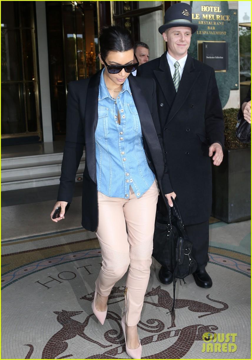 kim kardashian wears same shirt two days in a row after wedding dress shopping 073102924