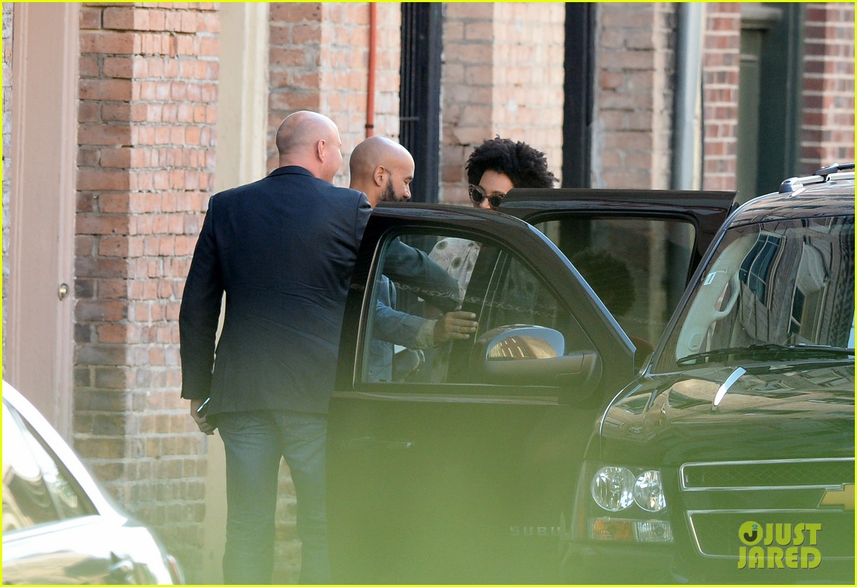 solange knowles emerges for first time since elevator fight video leaks 08