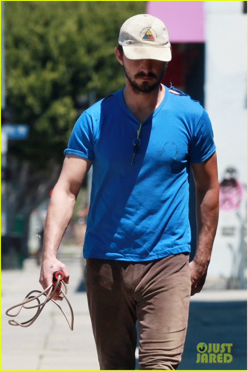 shia labeouf sure is dedicated to the gym these days 073104376