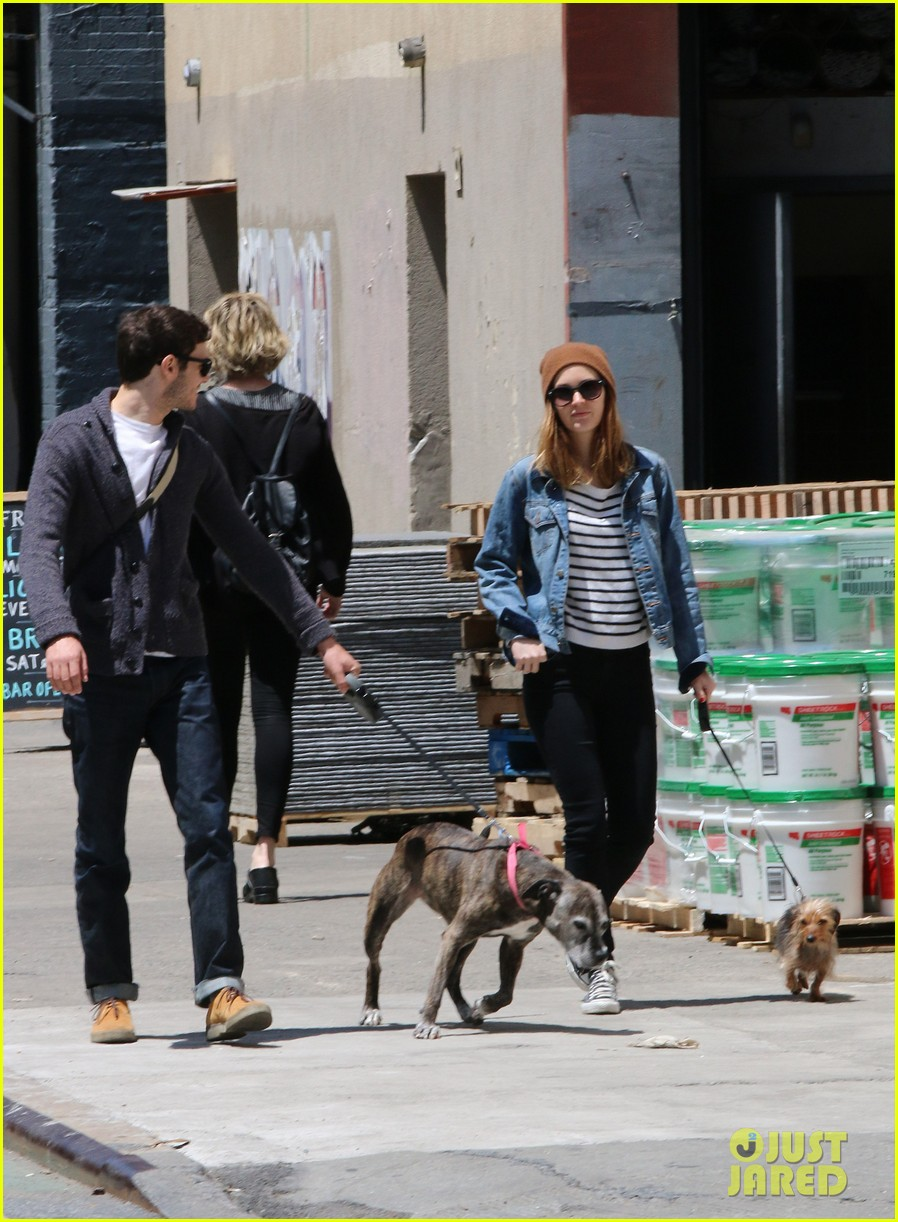 leighton meester had crush on adam brody for years 053123943
