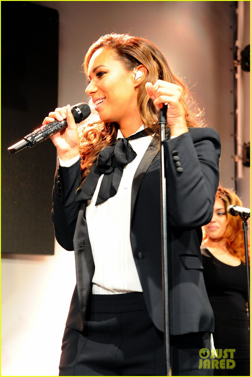 leona lewis berlin global down syndrome dc 053110985