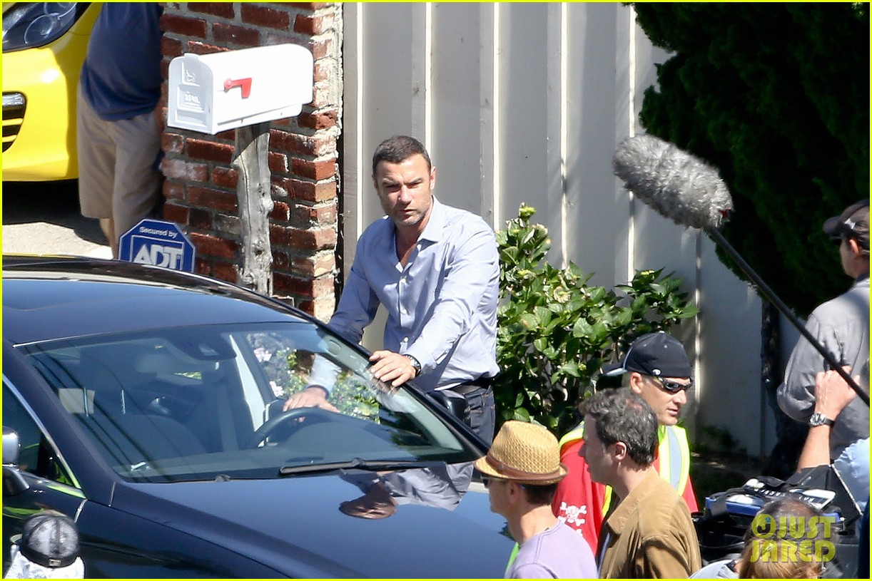 liev schreiber direct ray donovan episode next season 23