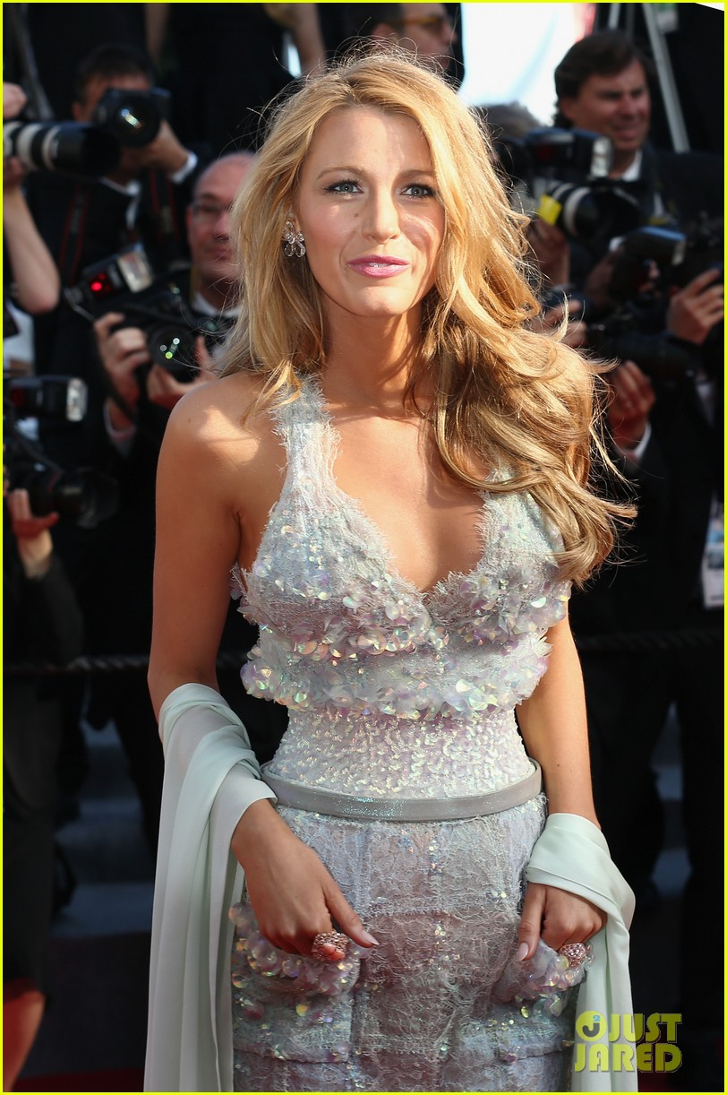 blake lively keeps her hands in her couture dress pockets 133114067