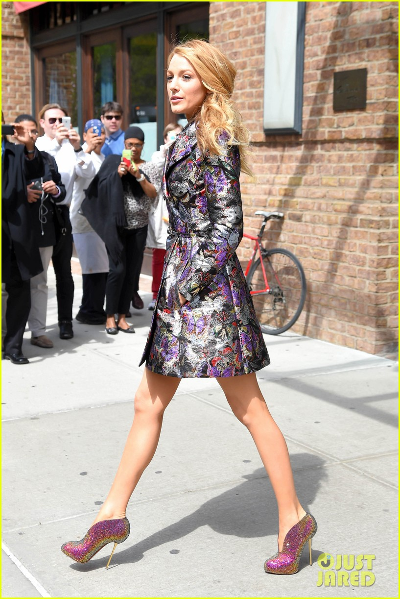 blake lively indulged in sundaes after the met ball 033108128