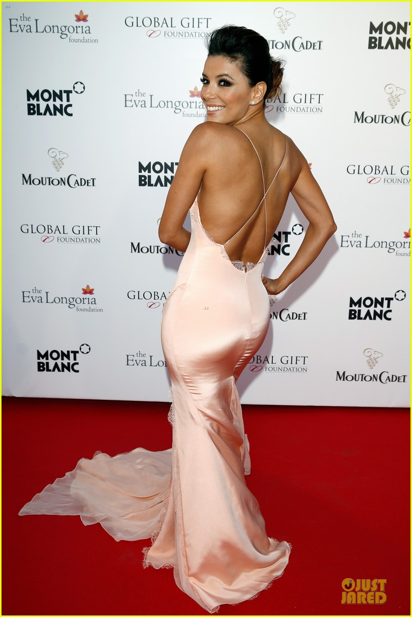 eva longoria sexy back cannes global gift gala 013115199