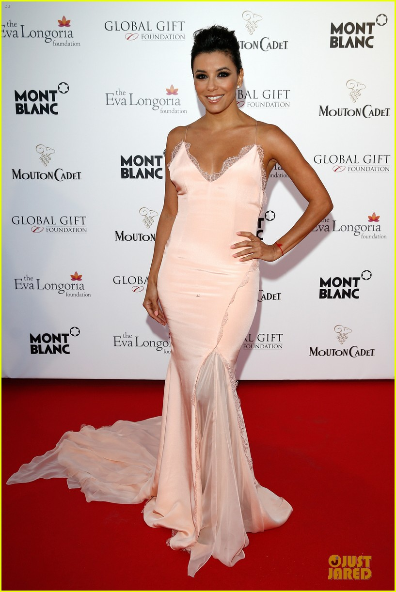 eva longoria sexy back cannes global gift gala 033115201
