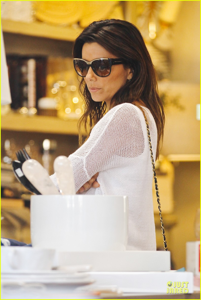 eva longoria jose baston palm of hand 30
