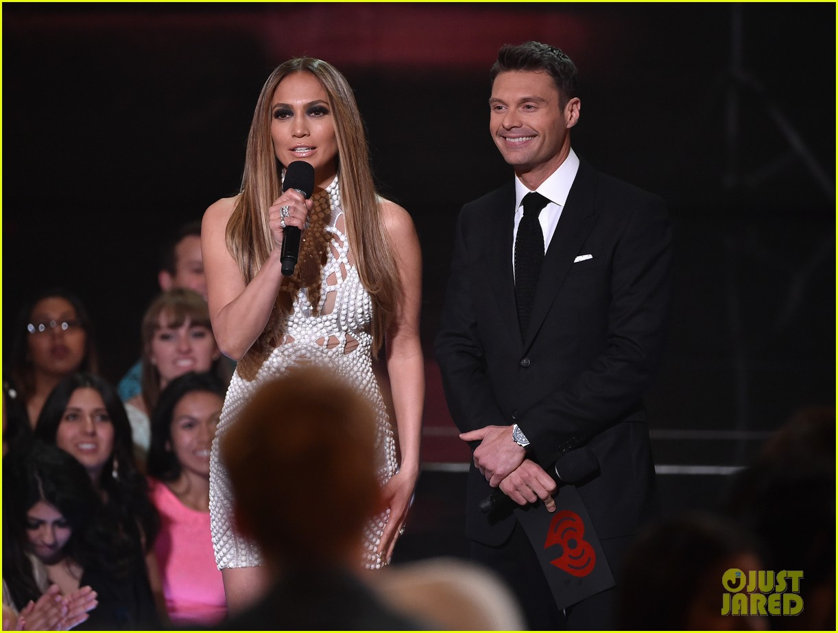 jennifer lopez goes from idol to iheartradio music awards 063103546