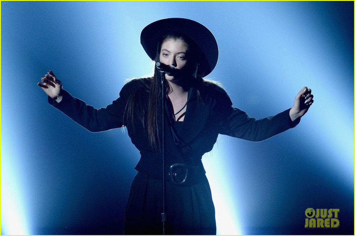 lorde tennis court performance bbmas 10