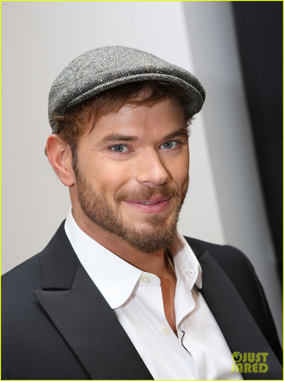 kellan lutz cannes break relax pool 053118918