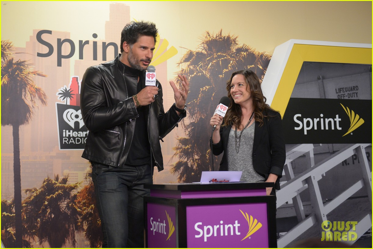 joe manganiello sam palladio iheartradio music awards 2014 083103666