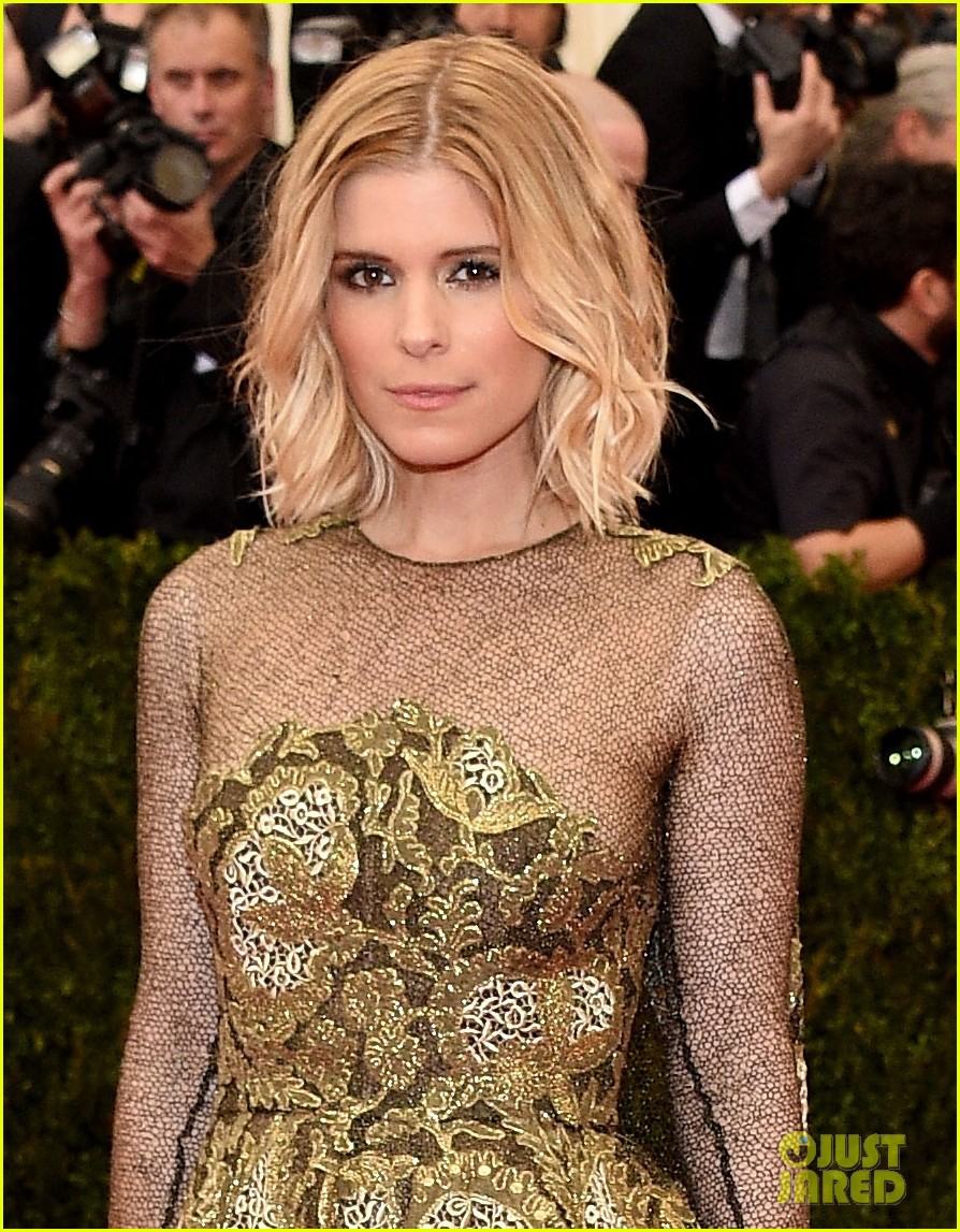 kate mara met ball 2014 red carpet 02