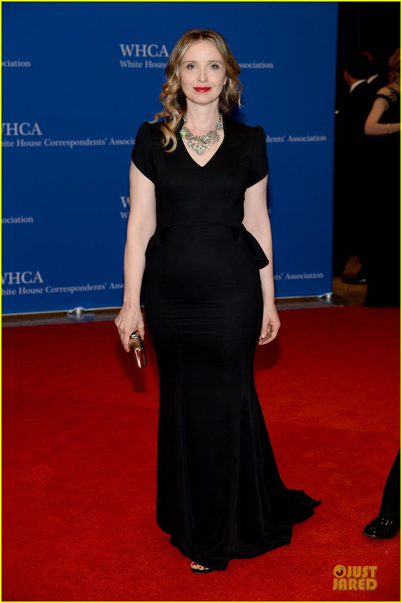 julianna marguiles rose mcgowan white house correspondents dinner 2014 033104668