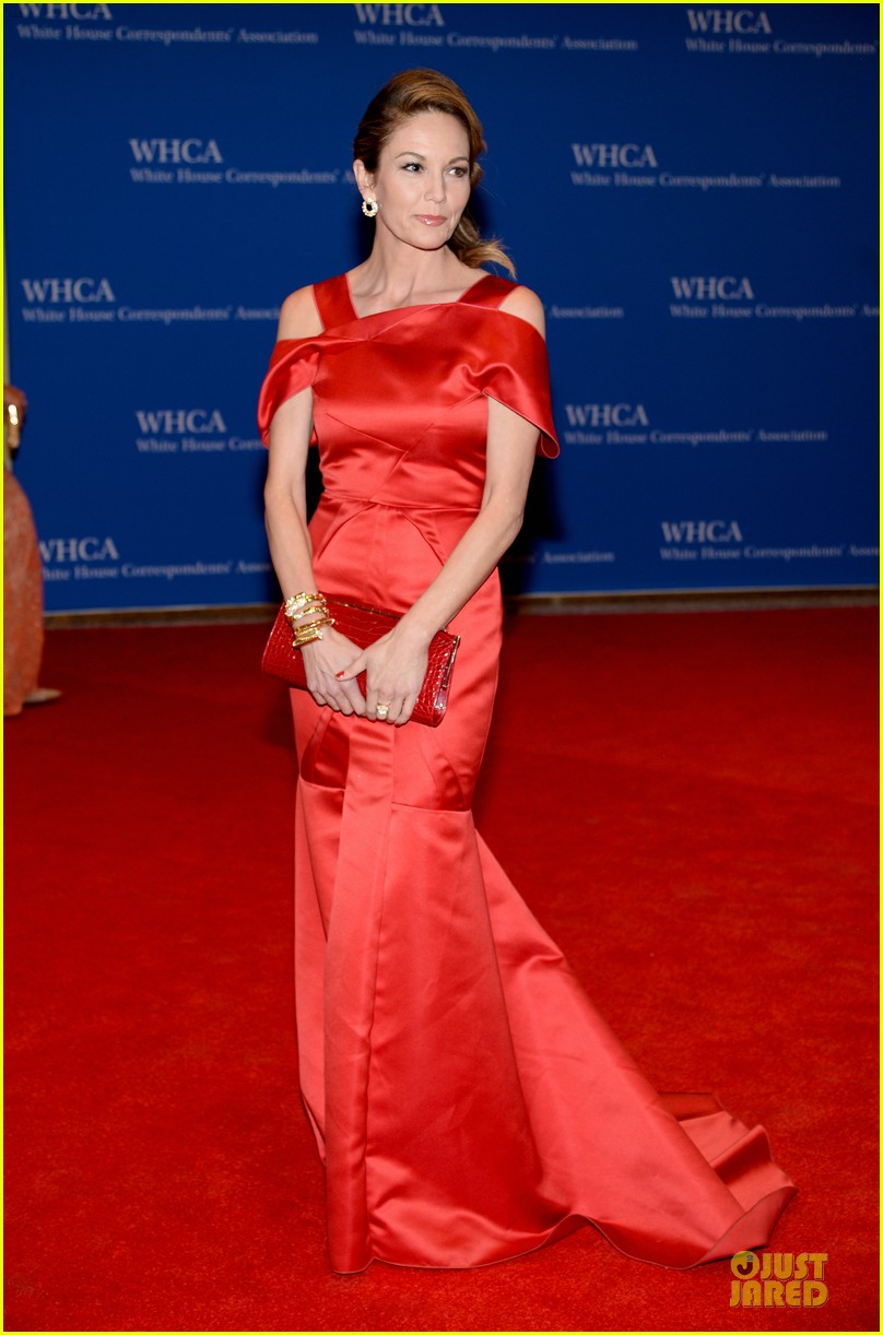 julianna marguiles rose mcgowan white house correspondents dinner 2014 13