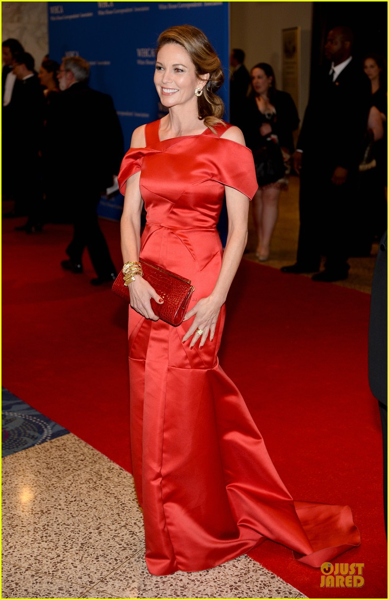 julianna marguiles rose mcgowan white house correspondents dinner 2014 143104679