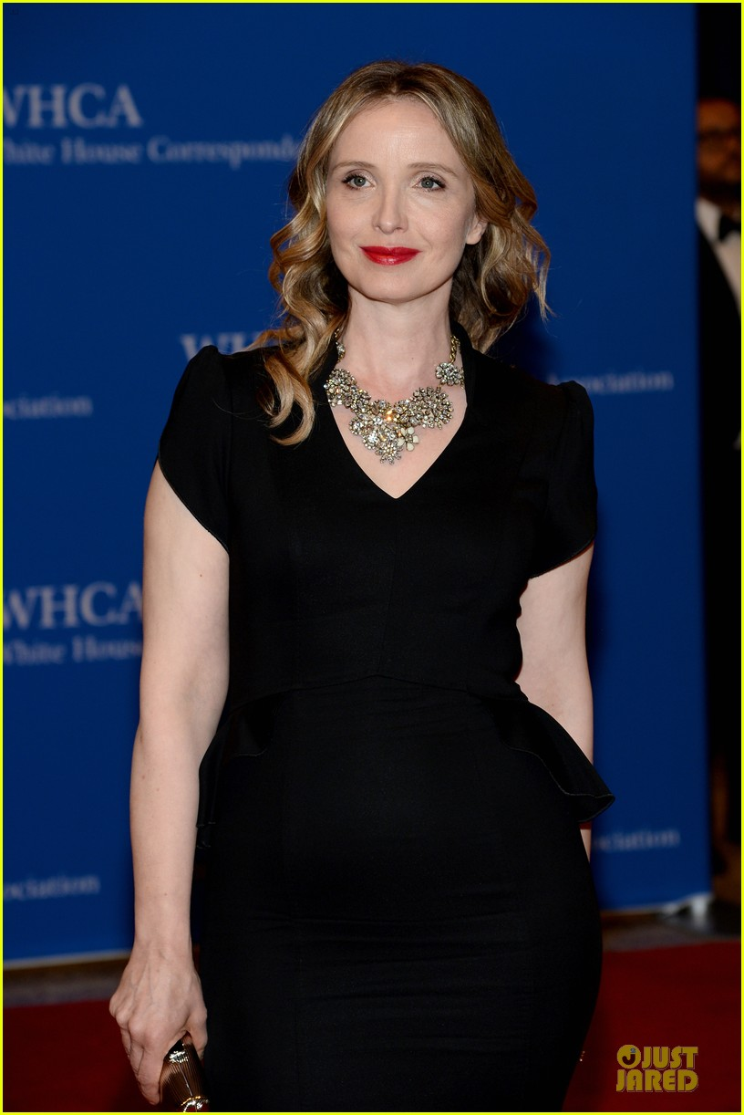 julianna marguiles rose mcgowan white house correspondents dinner 2014 15