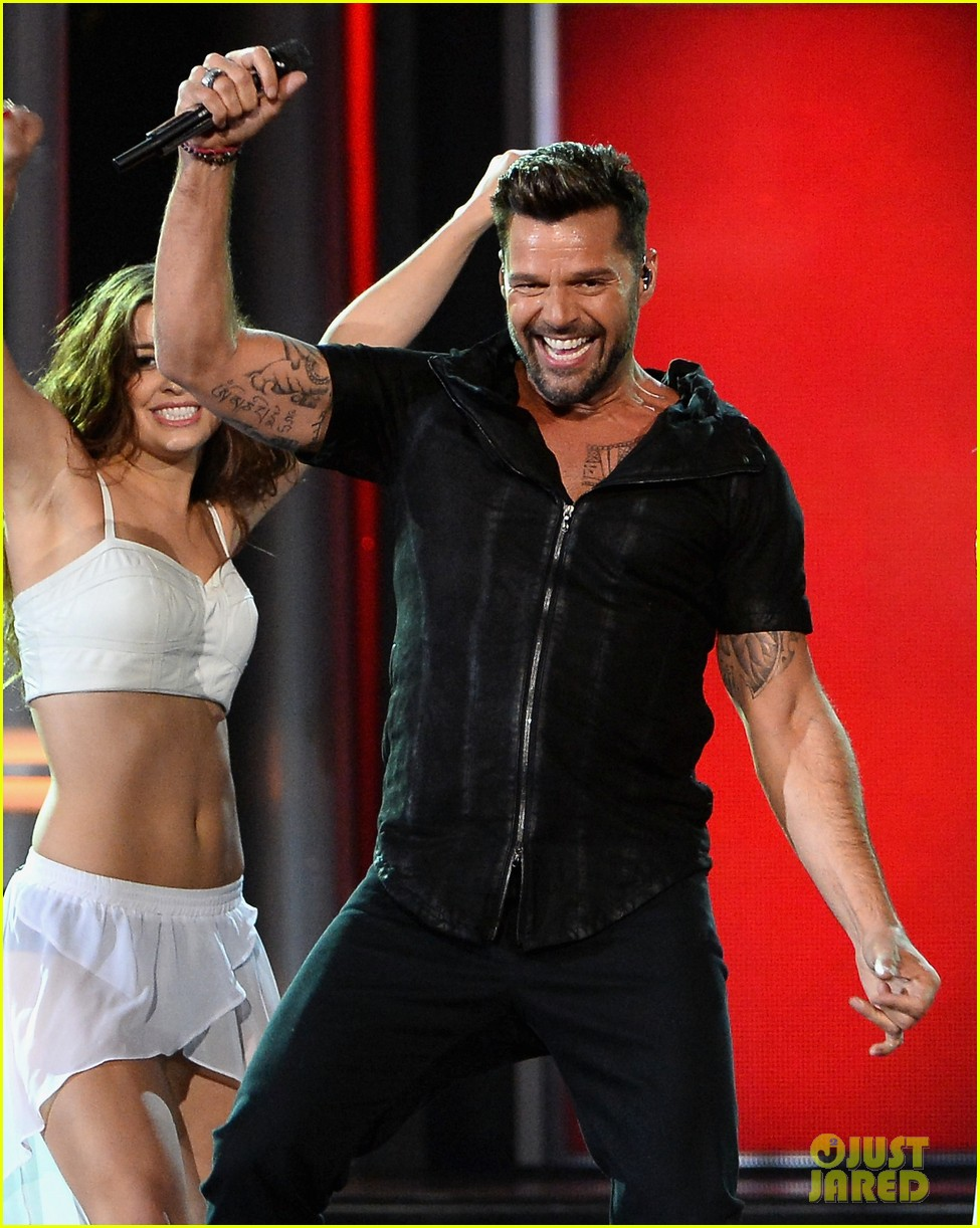 ricky martin vida billboard music awards 2014 01