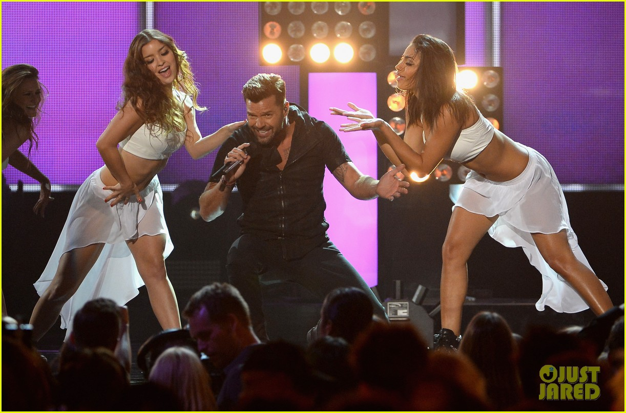 ricky martin vida billboard music awards 2014 043116906