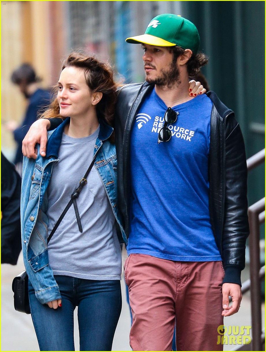 leighton meester adam brody cutest couple 07