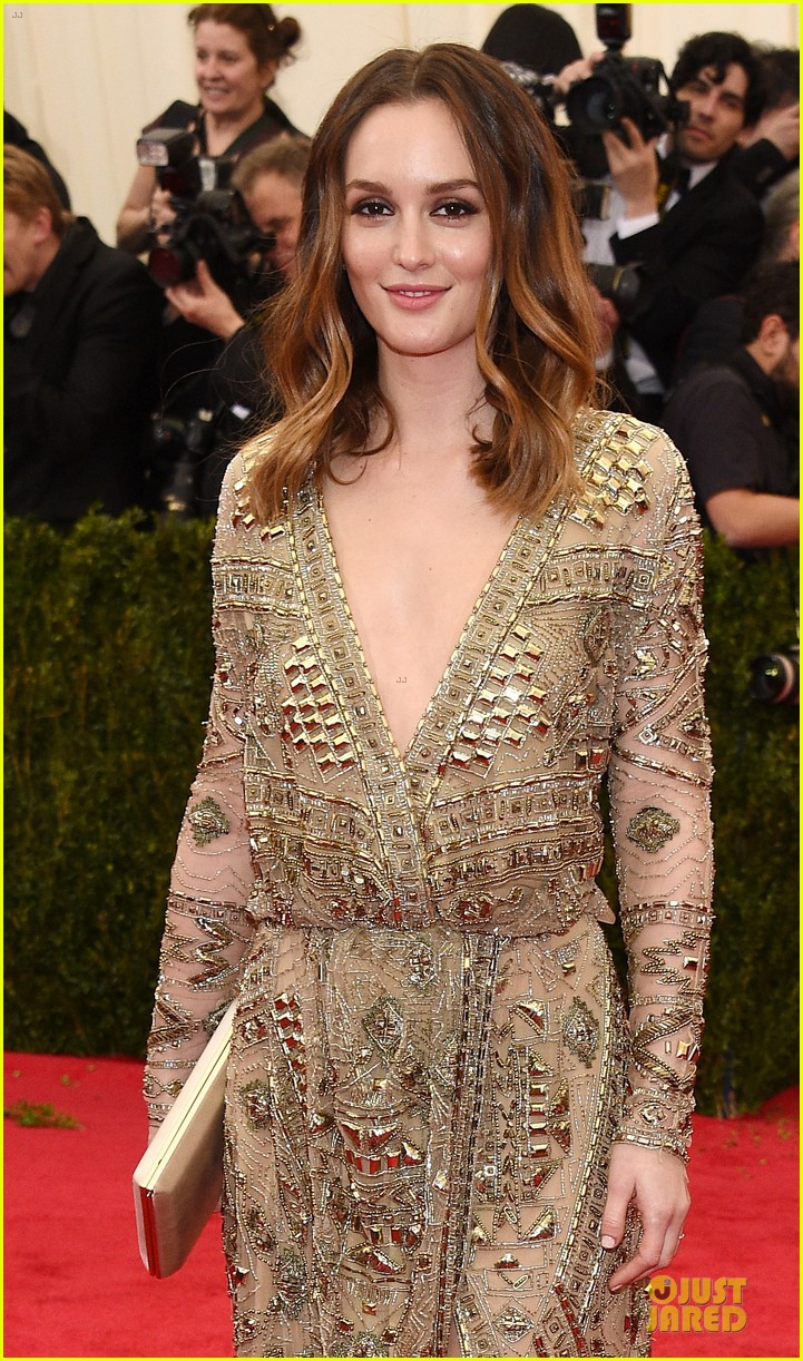 leighton meester golden met ball 2014 04