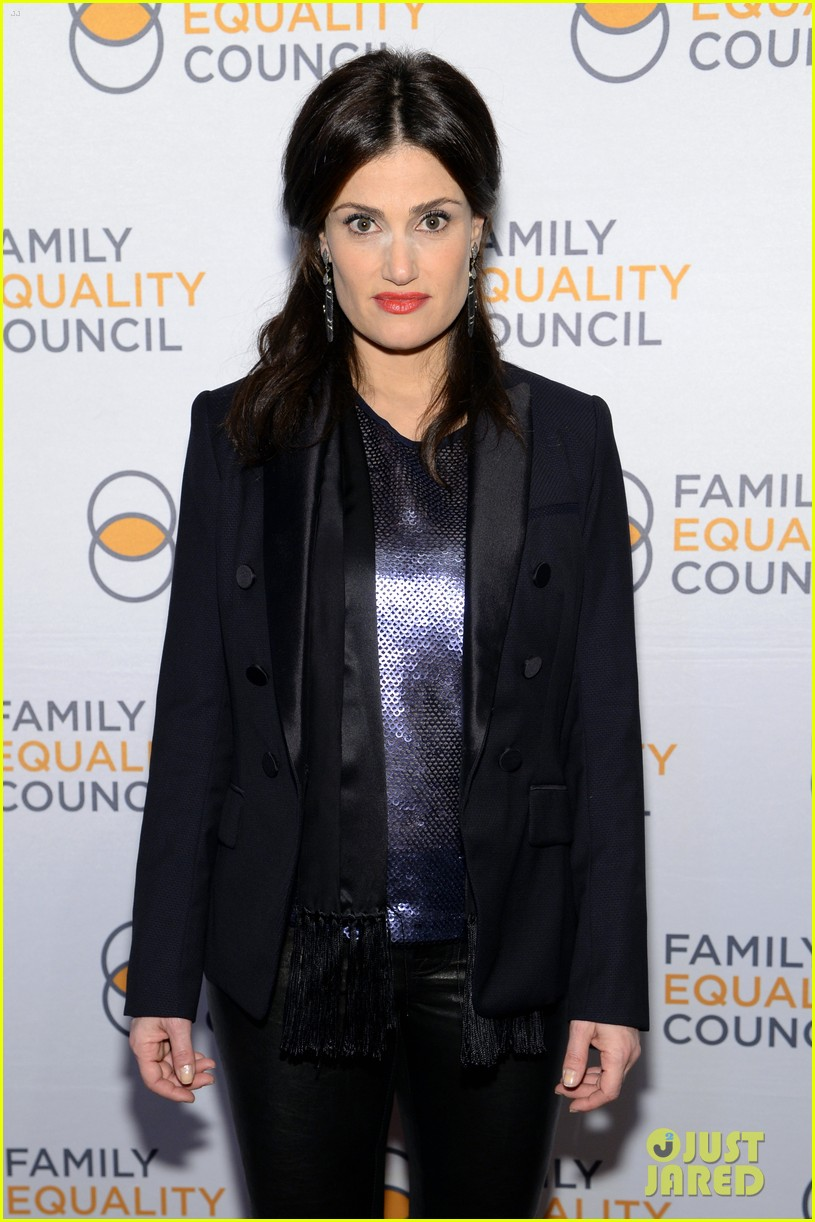 idina menzel belts it out for equality 07