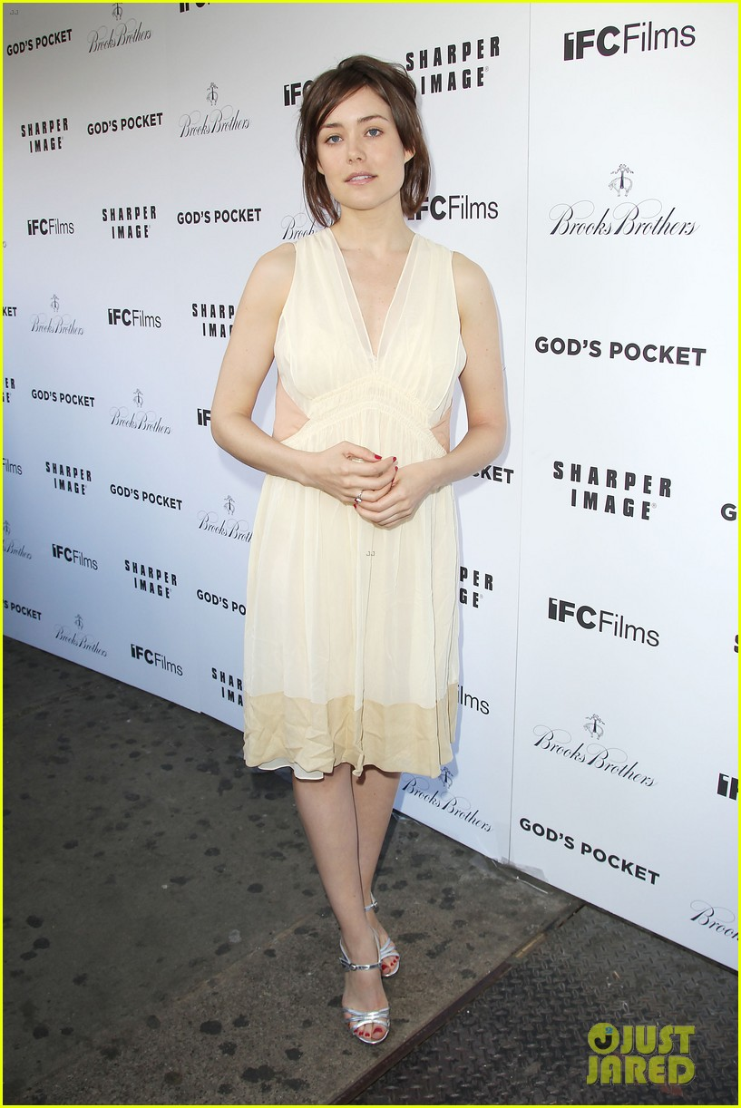 debra messing shows her support for philip seymour hoffman at gods pocket screening 05