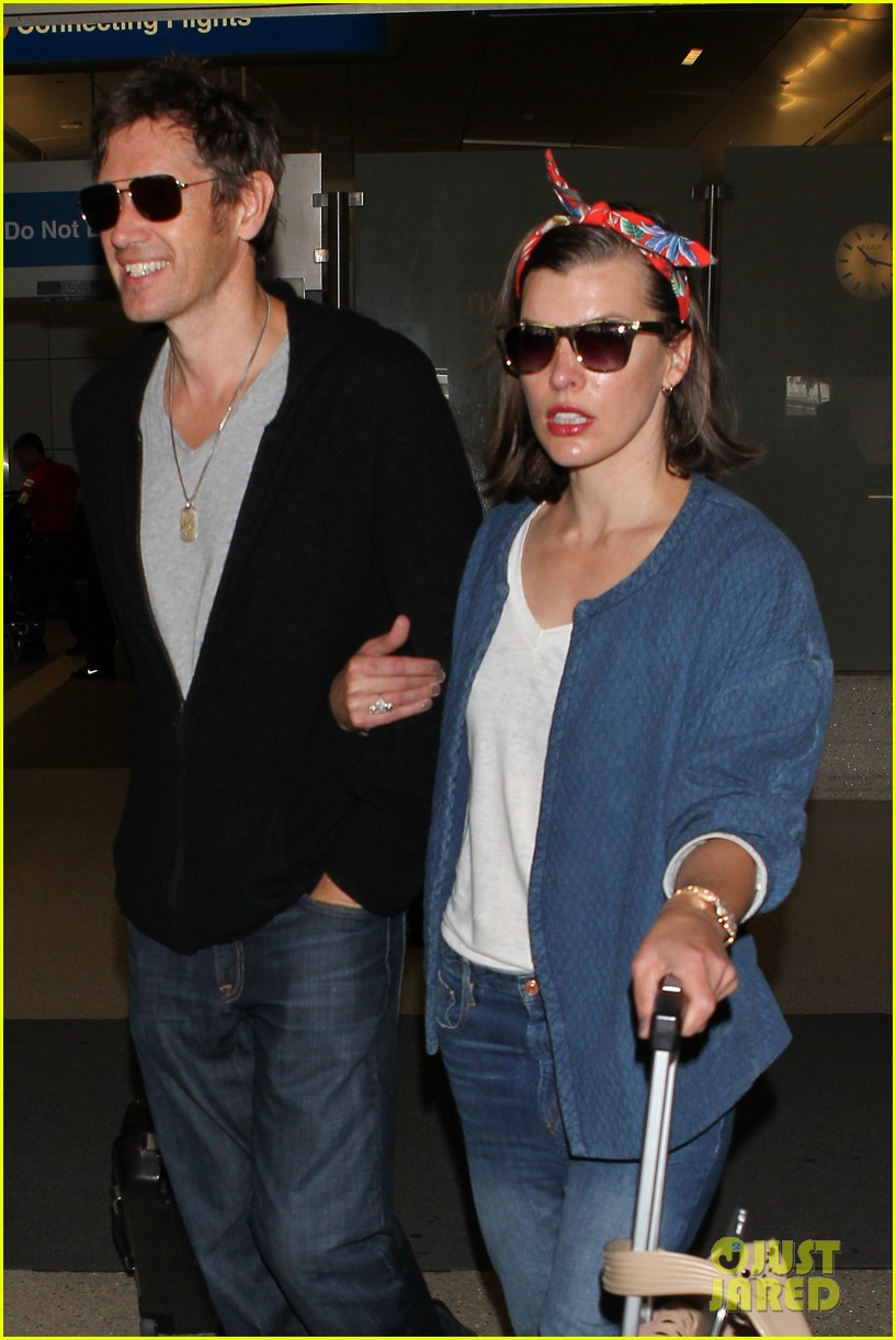 milla jovovich paul ws anderson look so in love 043123837