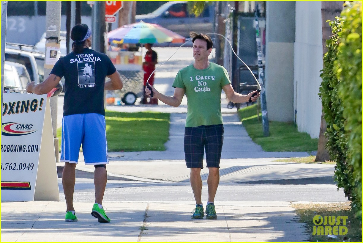 stephen moyer takes his workout to the streets 10