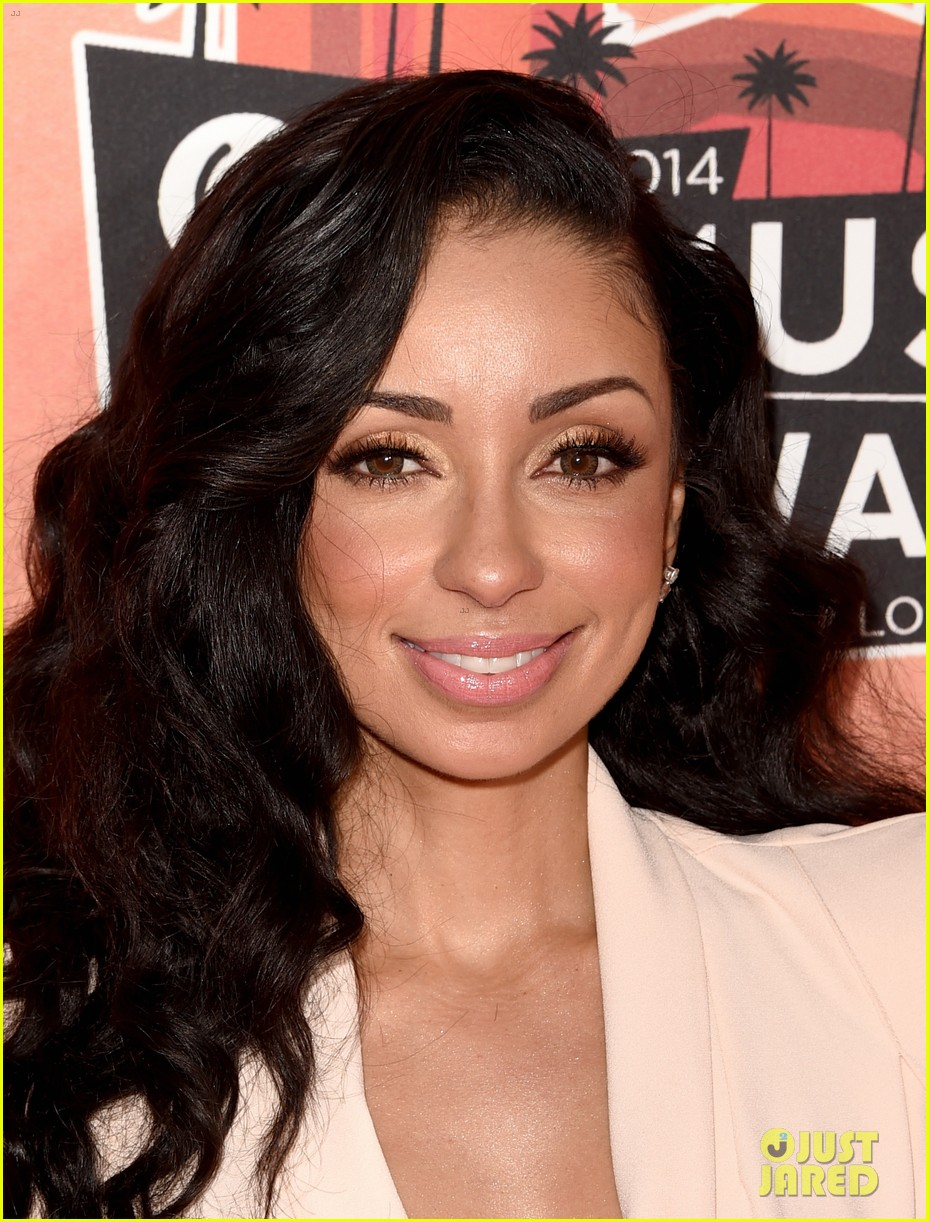 mya iheartradio music awards 2014 043103252