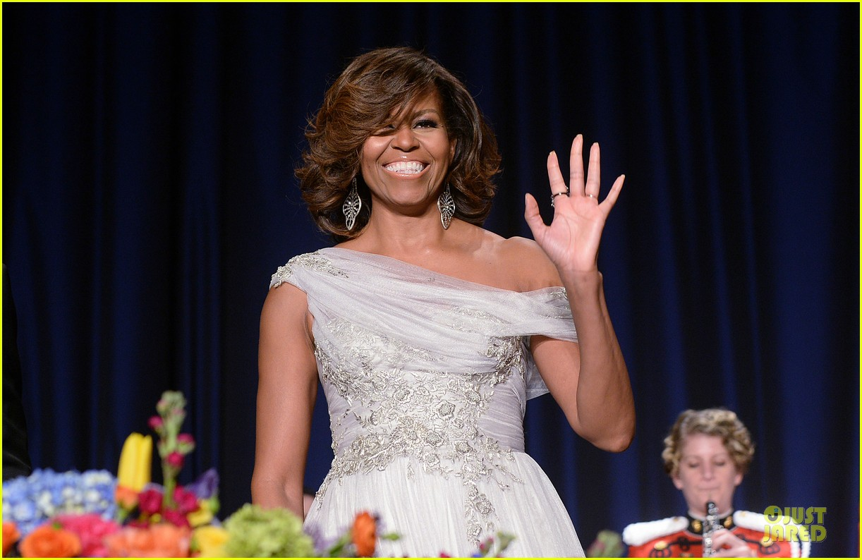president obama shares jokes at white house correspondents dinner 2014 09