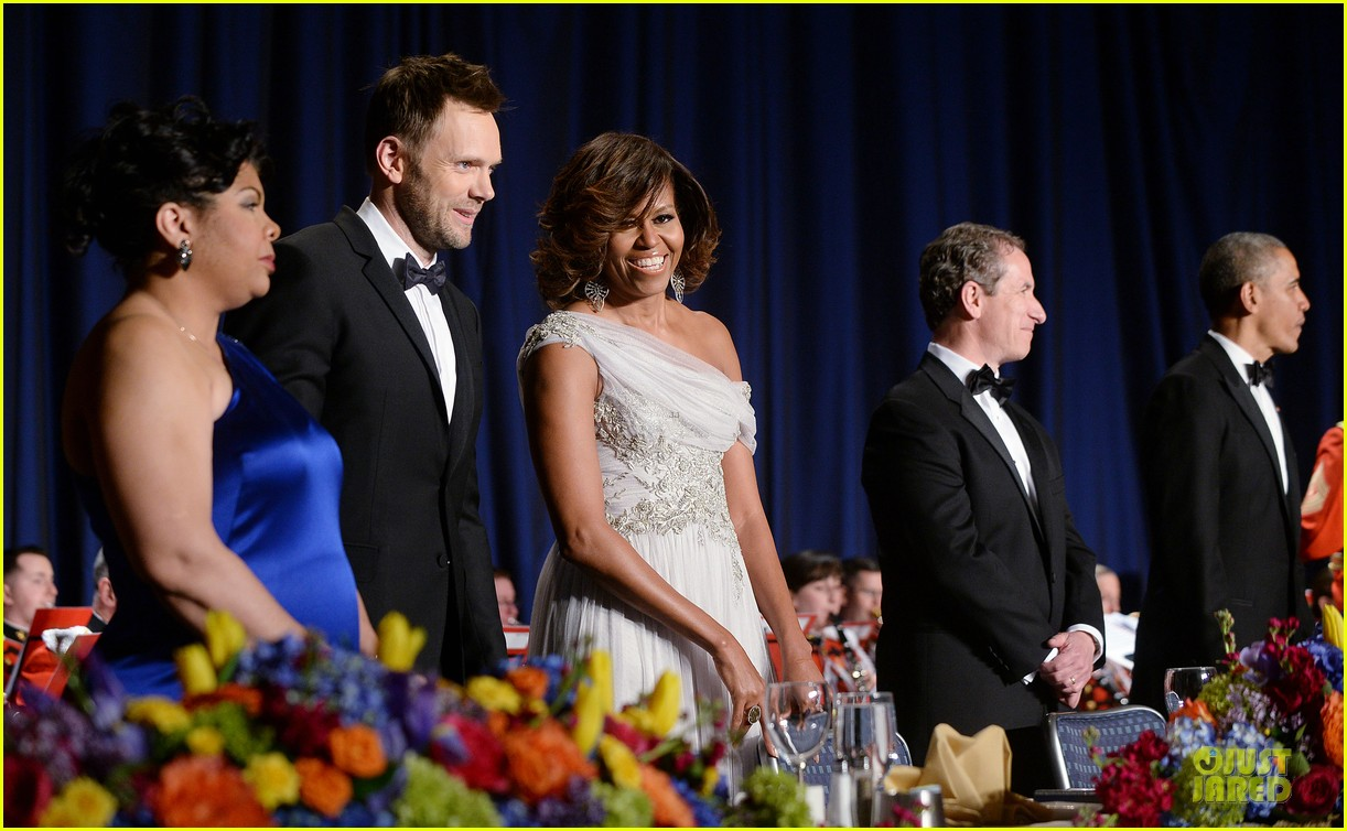 president obama shares jokes at white house correspondents dinner 2014 10
