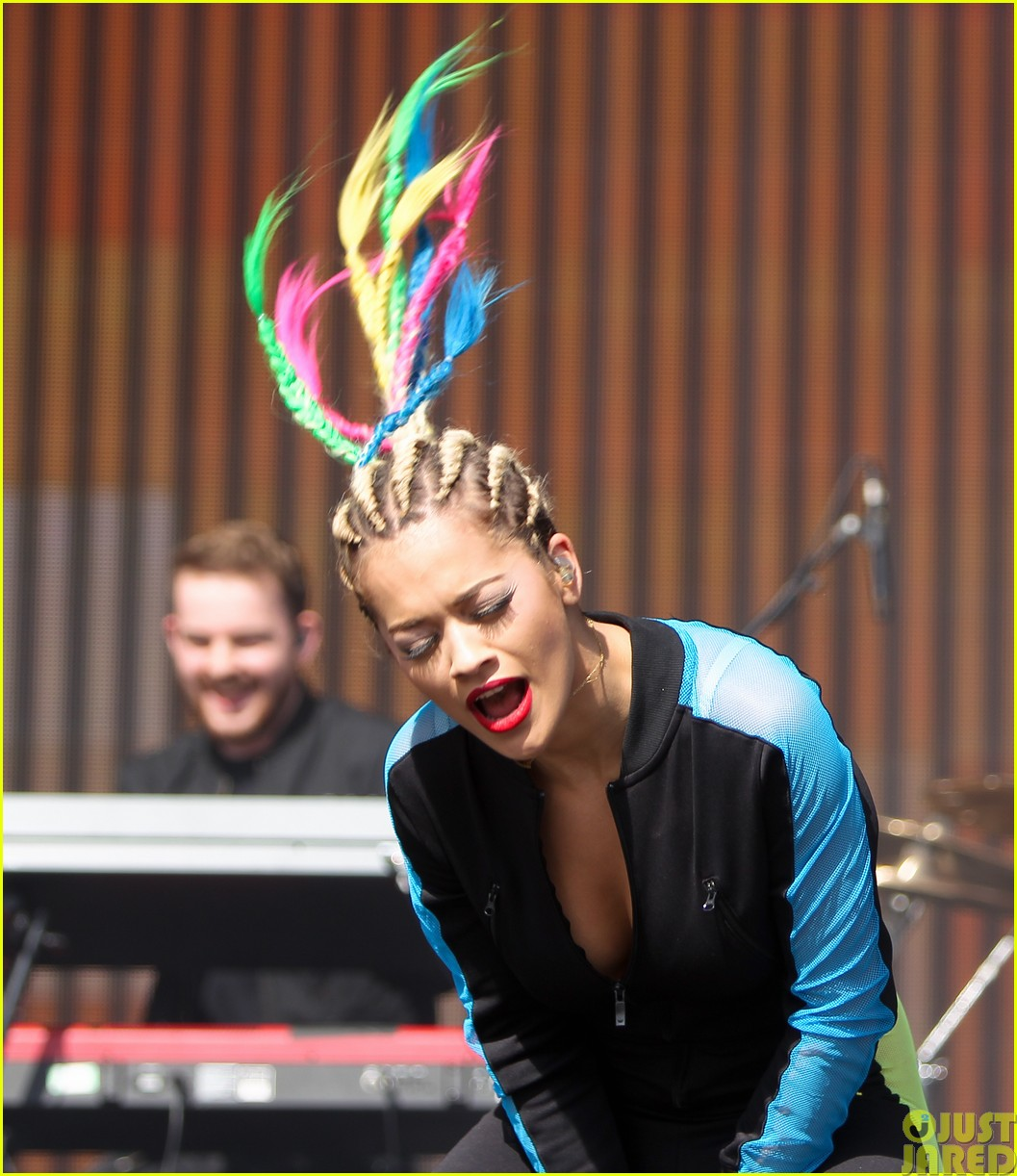 rita ora and calvin harris bbc radio 1 big concert weekend couple113121984