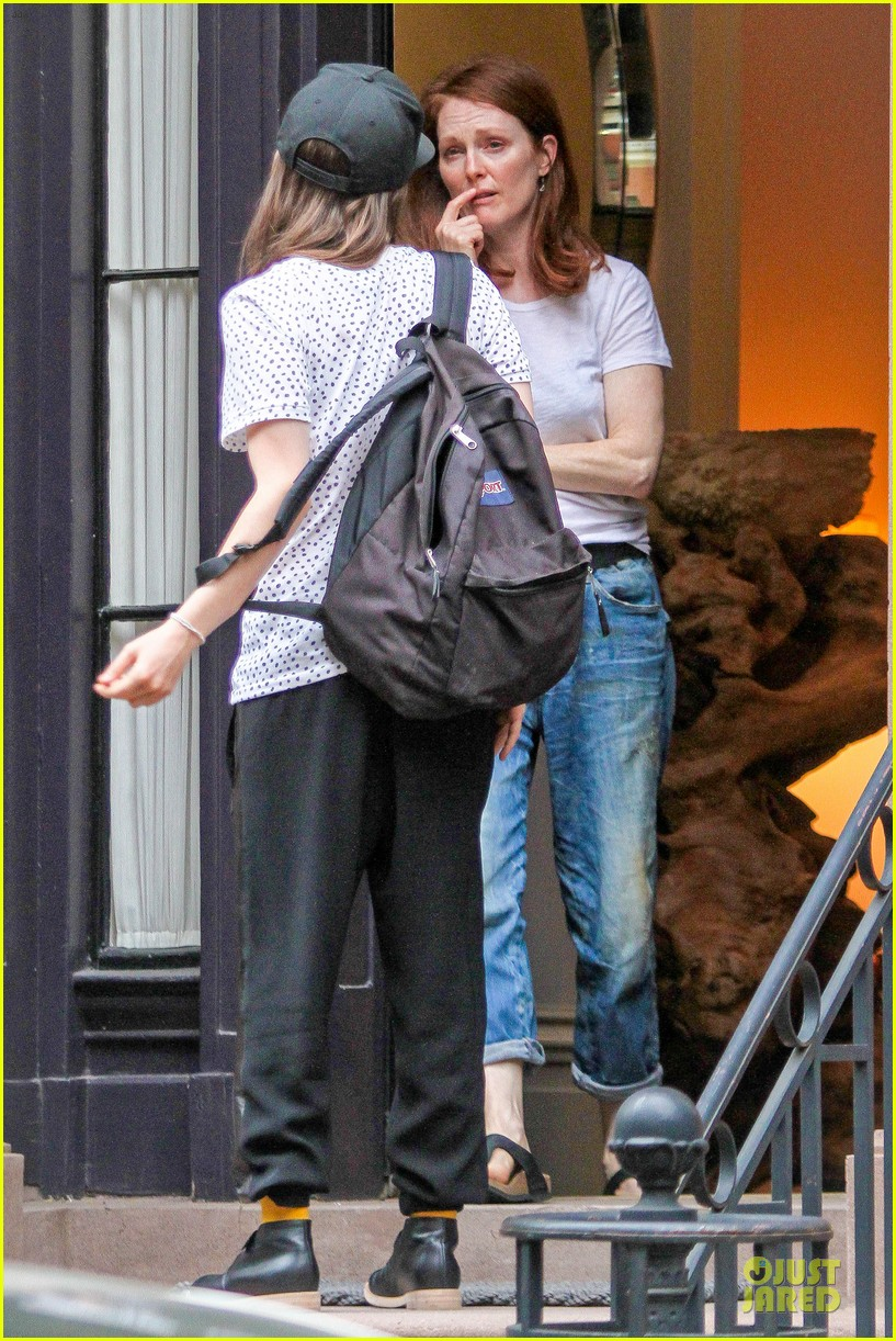 ellen page julianne moore chemistry for freeheld 07