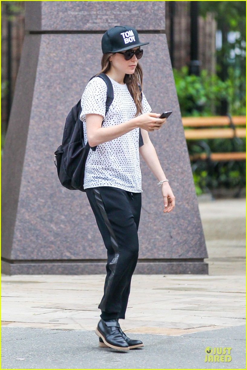 ellen page julianne moore chemistry for freeheld 143112245