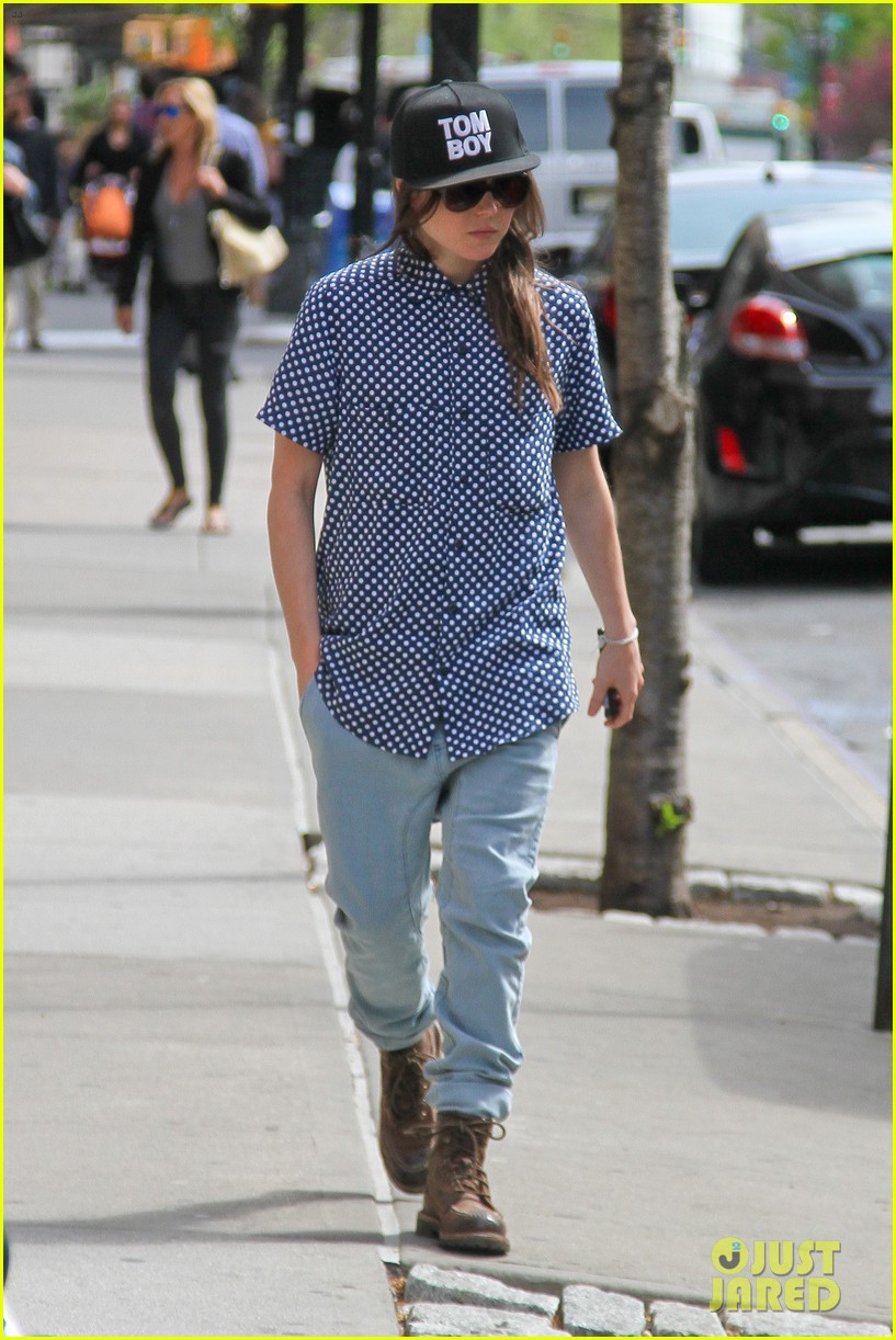 ellen page talks life after coming out 093108419