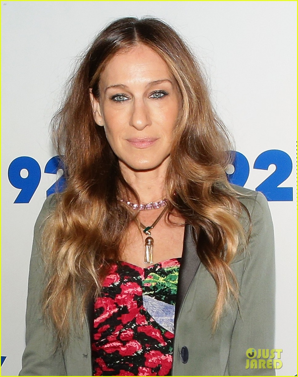 sarah jessica parker is spring ready for conversation with jonathan tisch 043114897
