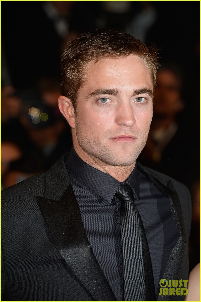 robert pattinson maps to the stars cannes premiere 01